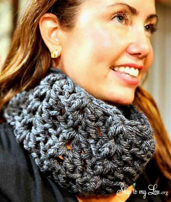 Crochet Cowl - Easy Free Pattern