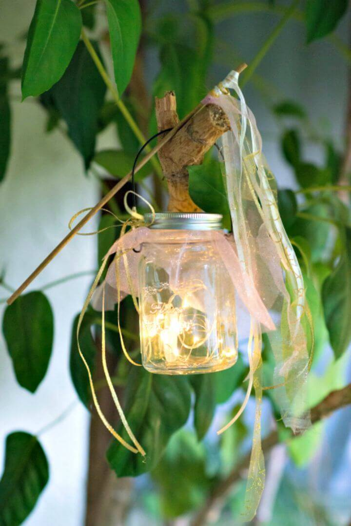 Easy To Make Mason Jar Fairy Lights - Free Tutorial