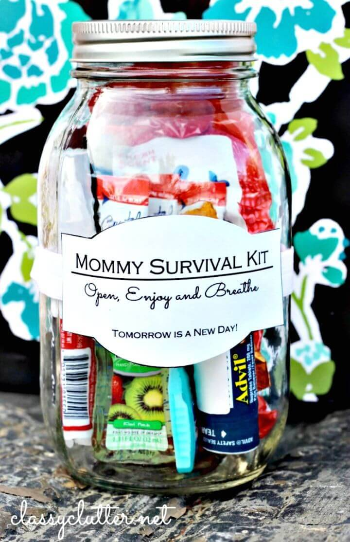 How To Make A Mommy Survival Kit in a Jar