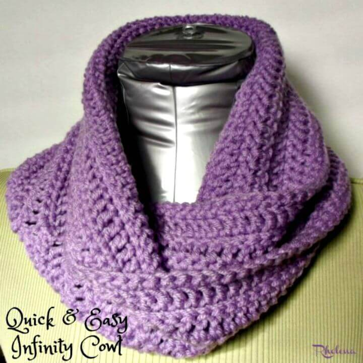 Quick And Easy Infinity Cowl - Free Crochet Pattern