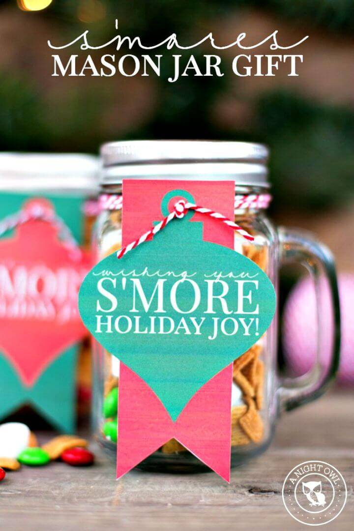 How To DIY S'mores Mason Jar Gift