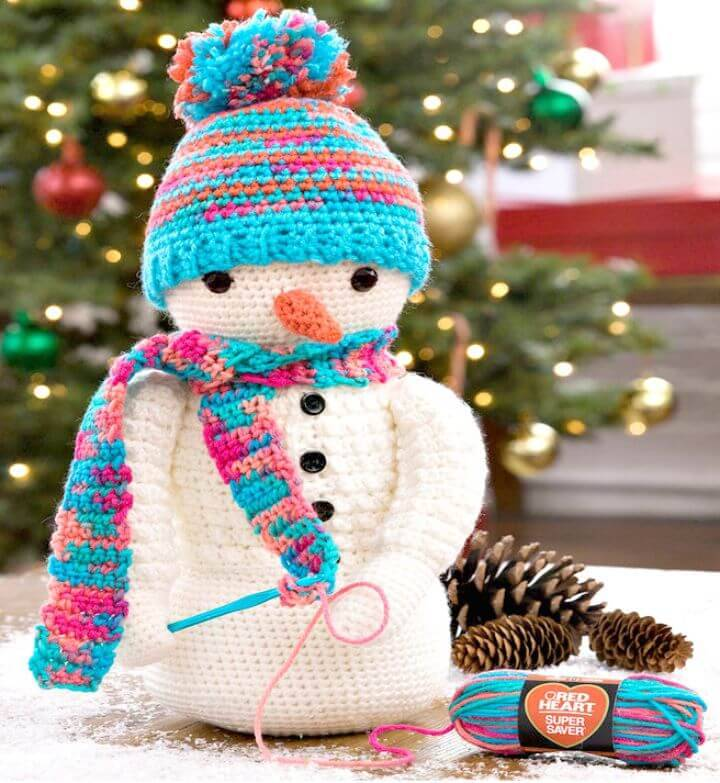 Super Gorgeous Free Crochet Snowman Pattern