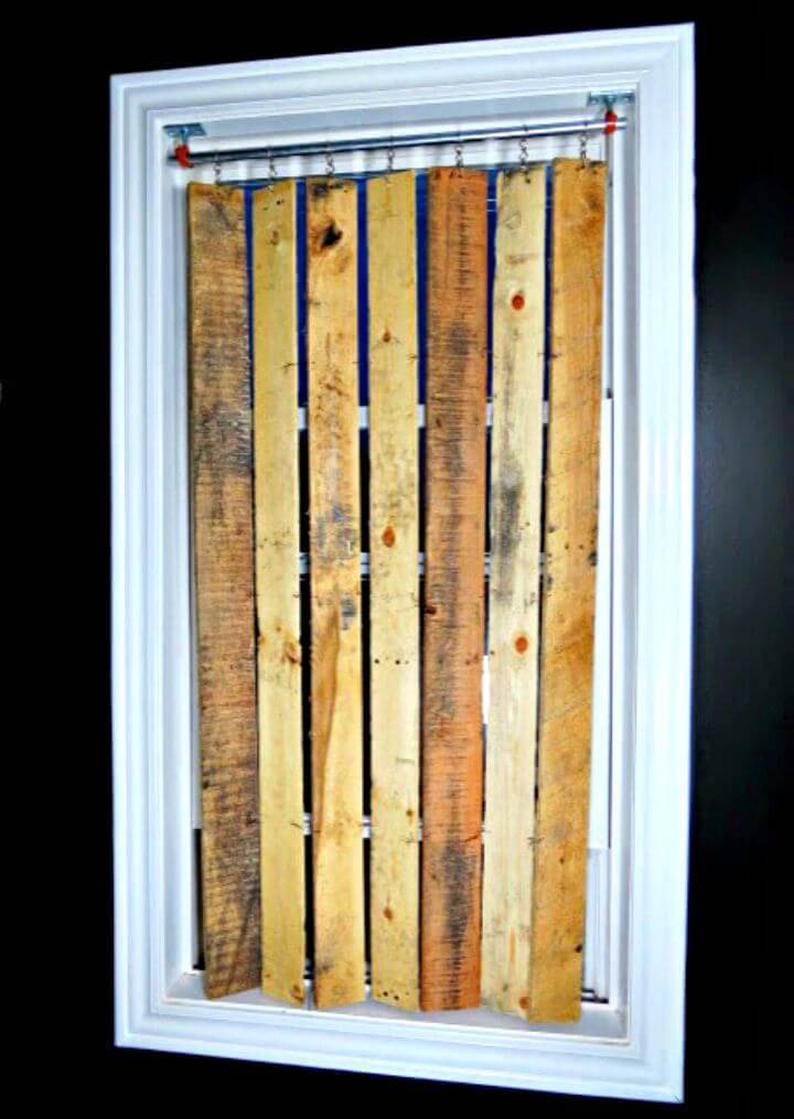 How to Build Pallet Wood Vertical Blinds - DIY