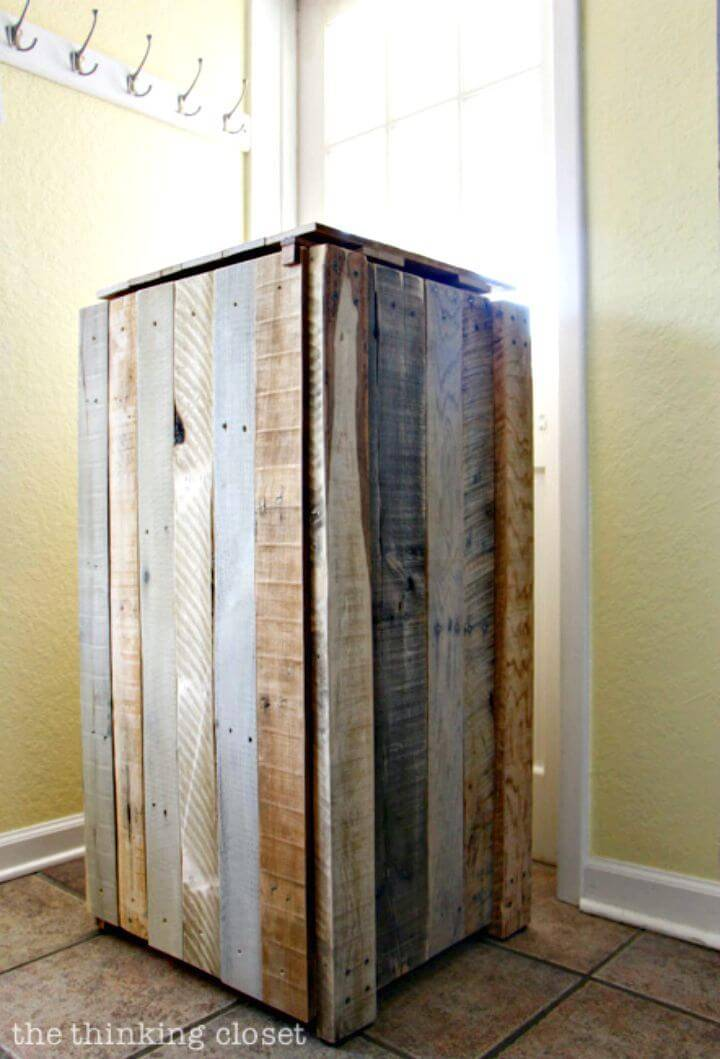 Easy How to Turn Pallets Into A Rustic Recycle Bin - DIY