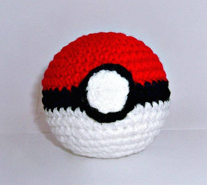 How To Free Crochet Poke Ball Pattern