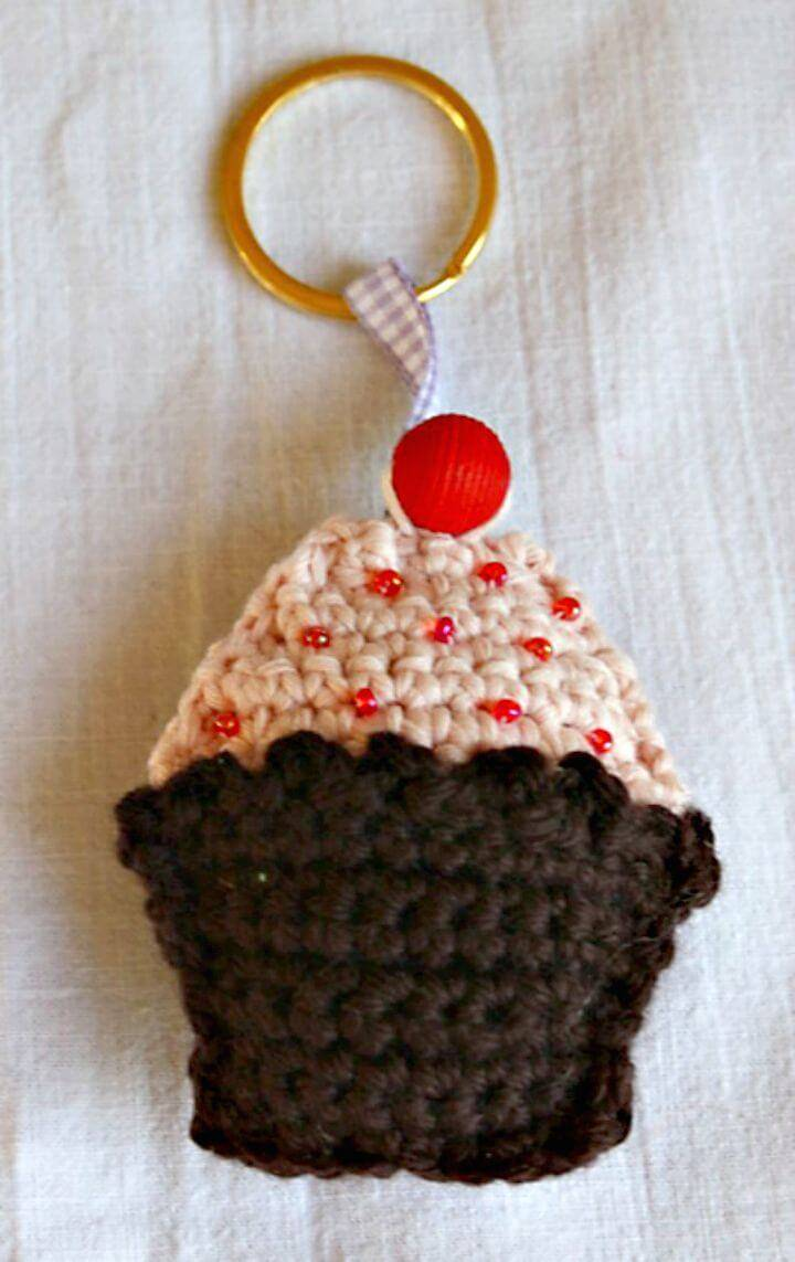 Easy Free Crochet Cupcake Key-ring Pattern