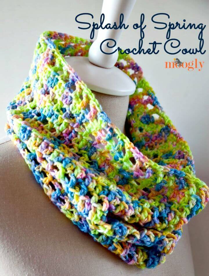 Free Crochet Splash of Spring Cowl Pattern