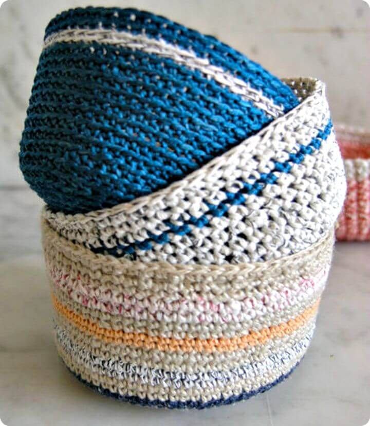 Easy Free Mini Crochet Baskets Pattern