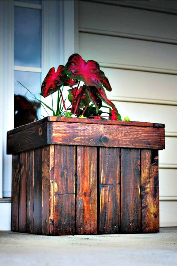 How To Build Planter Box From Pallets - DIY