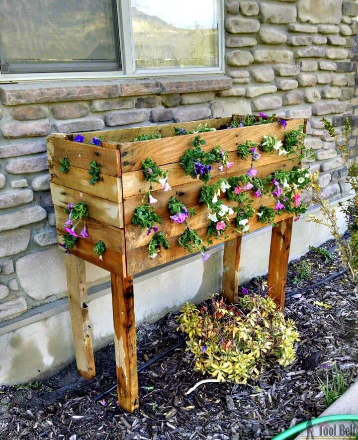 How To Build Your Own Pallet Planter Box - DIY