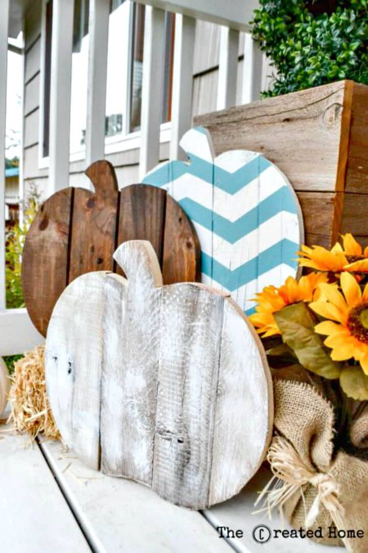 Easy DIY Pallet Pumpkins Tutorial
