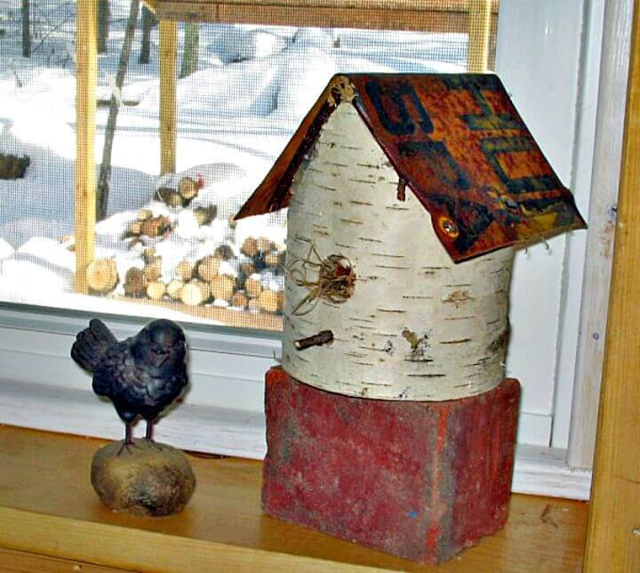 Easy How To Make A Birdhouse Using Birch And Old Signs Tutorial