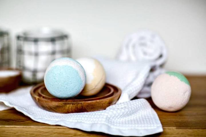 How to Make Bath Bombs Tutorial