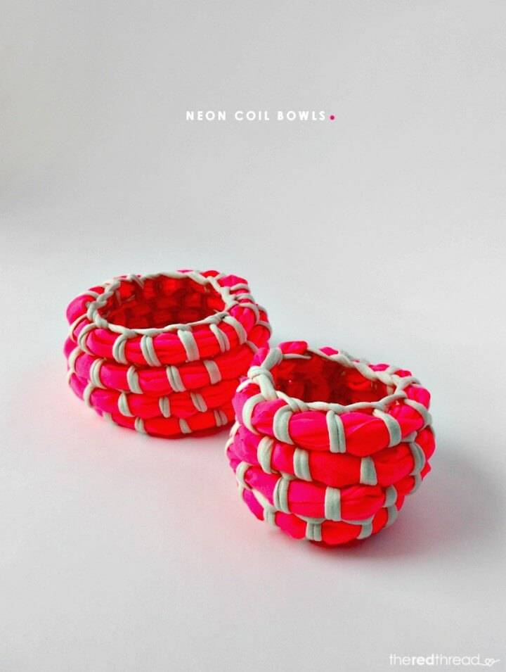 Cute How to DIY Fabric Coil Bowl