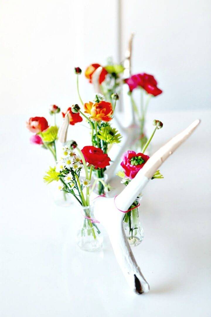 Beautiful How to DIY Antler Flower Display
