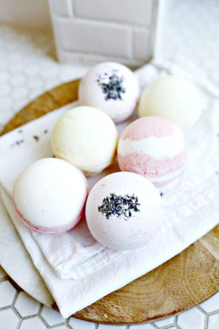 How to DIY Homemade Bath Bombs Tutorial
