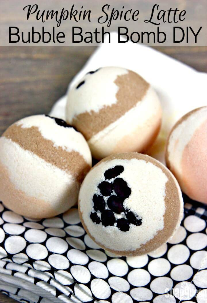 Adorable DIY Pumpkin Spice Latte Bubble Bath Bomb