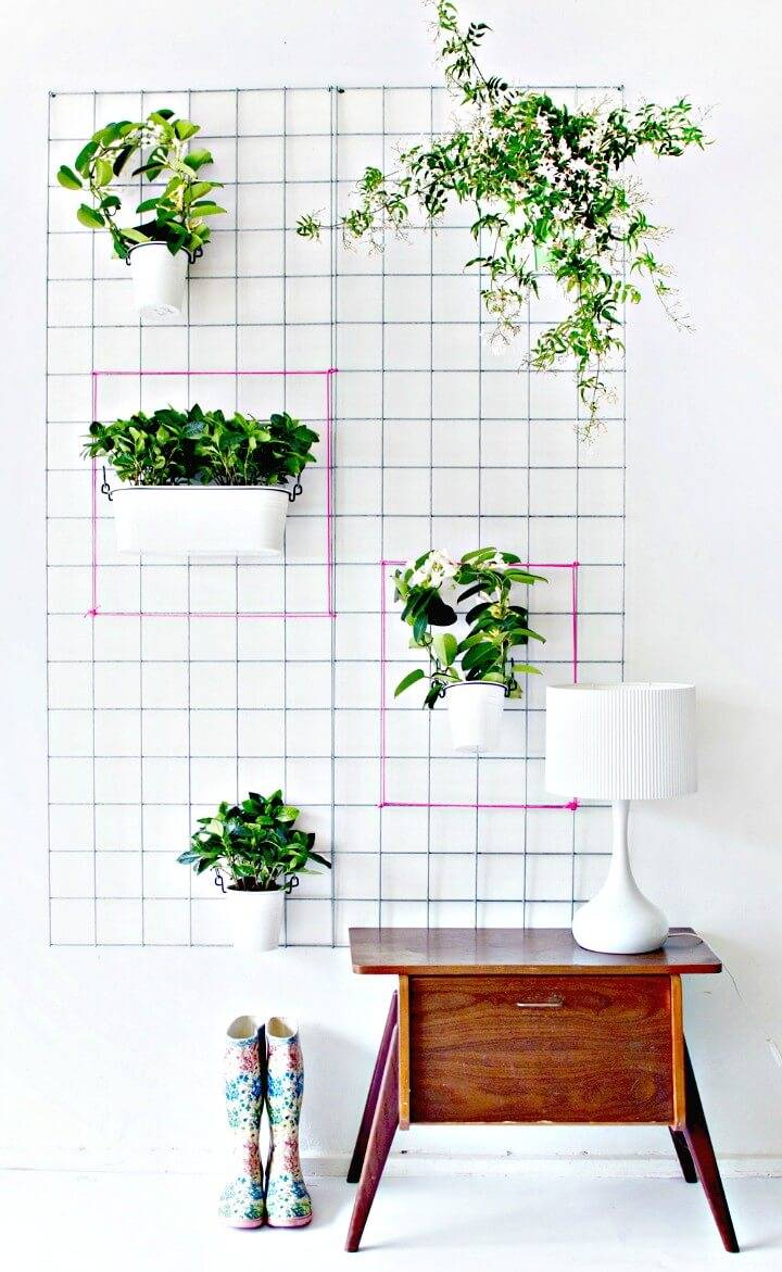 Make Your Own Green Wall Planter - DIY