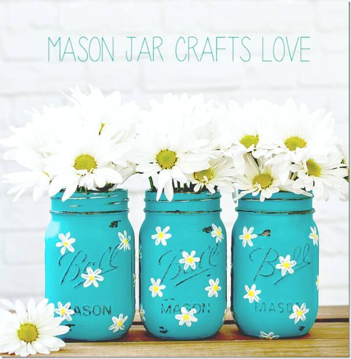 Make Your Own Painted Daisy Mason Jars - DIY