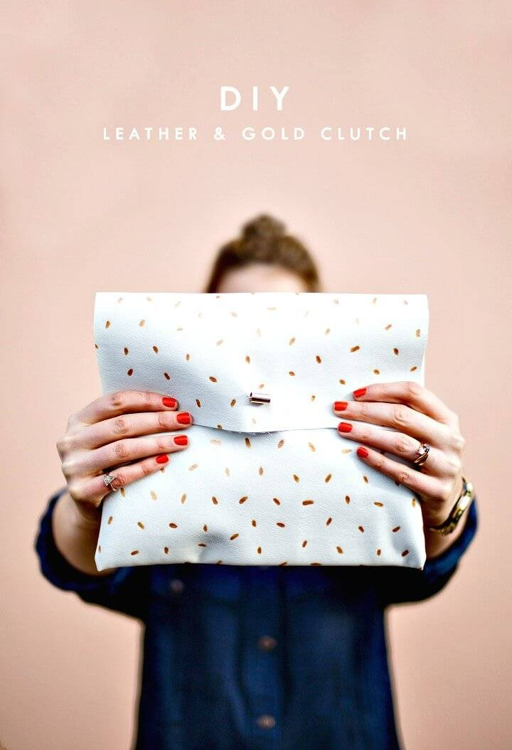 Easy DIY No-Sew Makeup Clutch