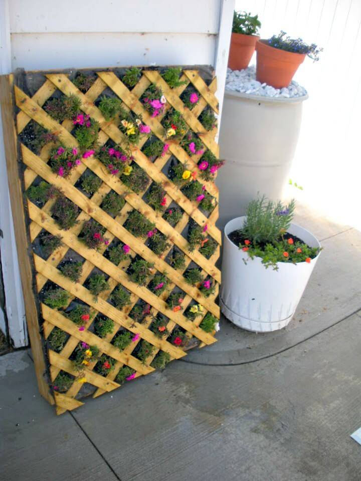 Create A Vertical Pallet Flower Garden - DIY Pallet Garden Projects