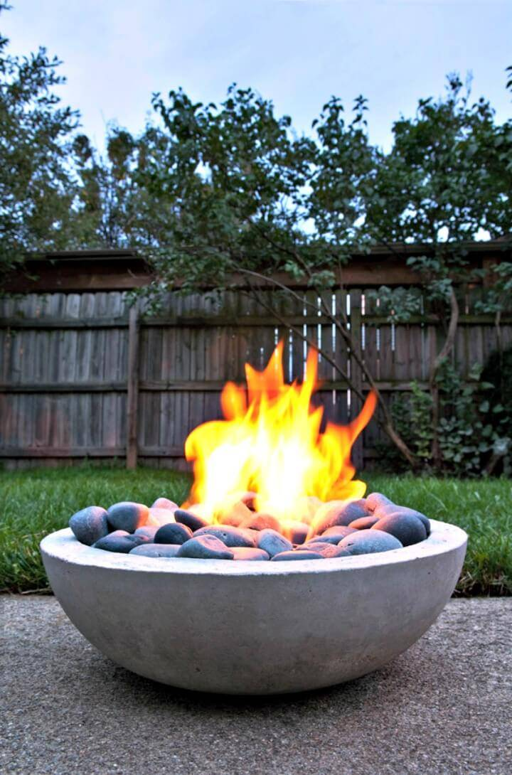 Modern DIY Concrete Fire Pit from Scratch