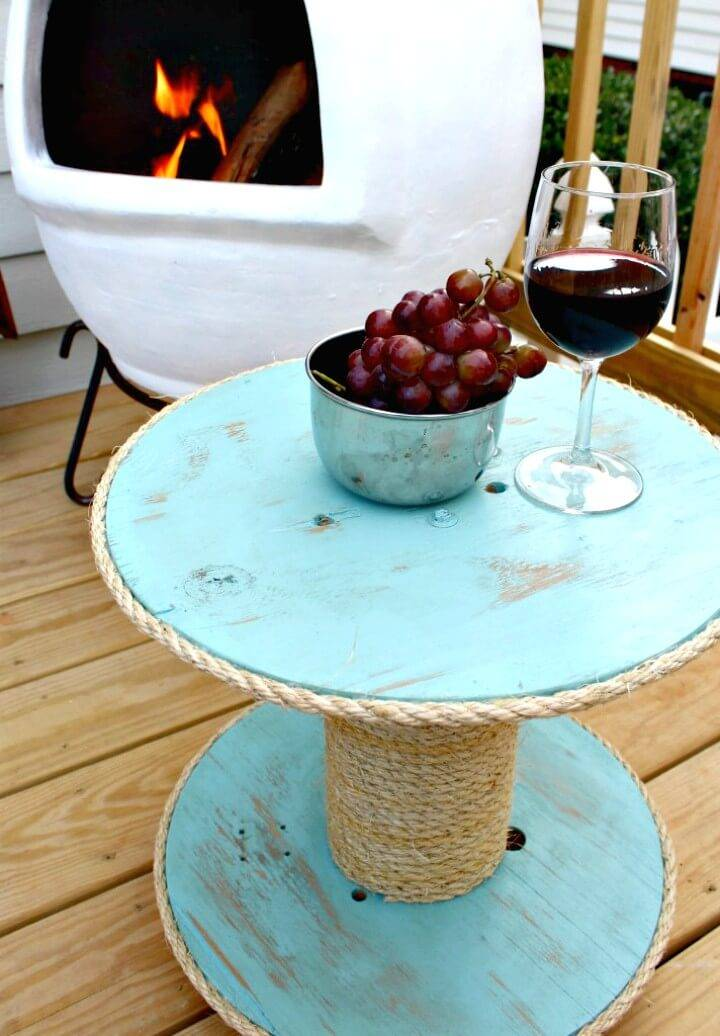 DIY Nautical Spool Side Table - Patio & Porch Decor Ideas