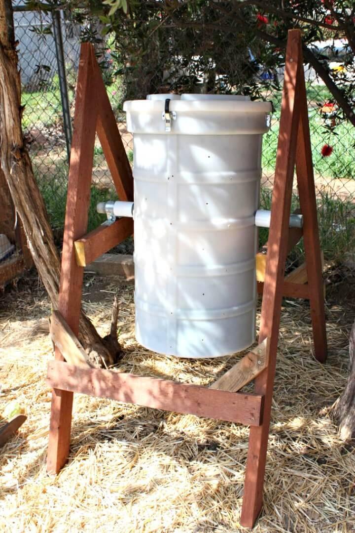 DIY Spinning Compost Bin