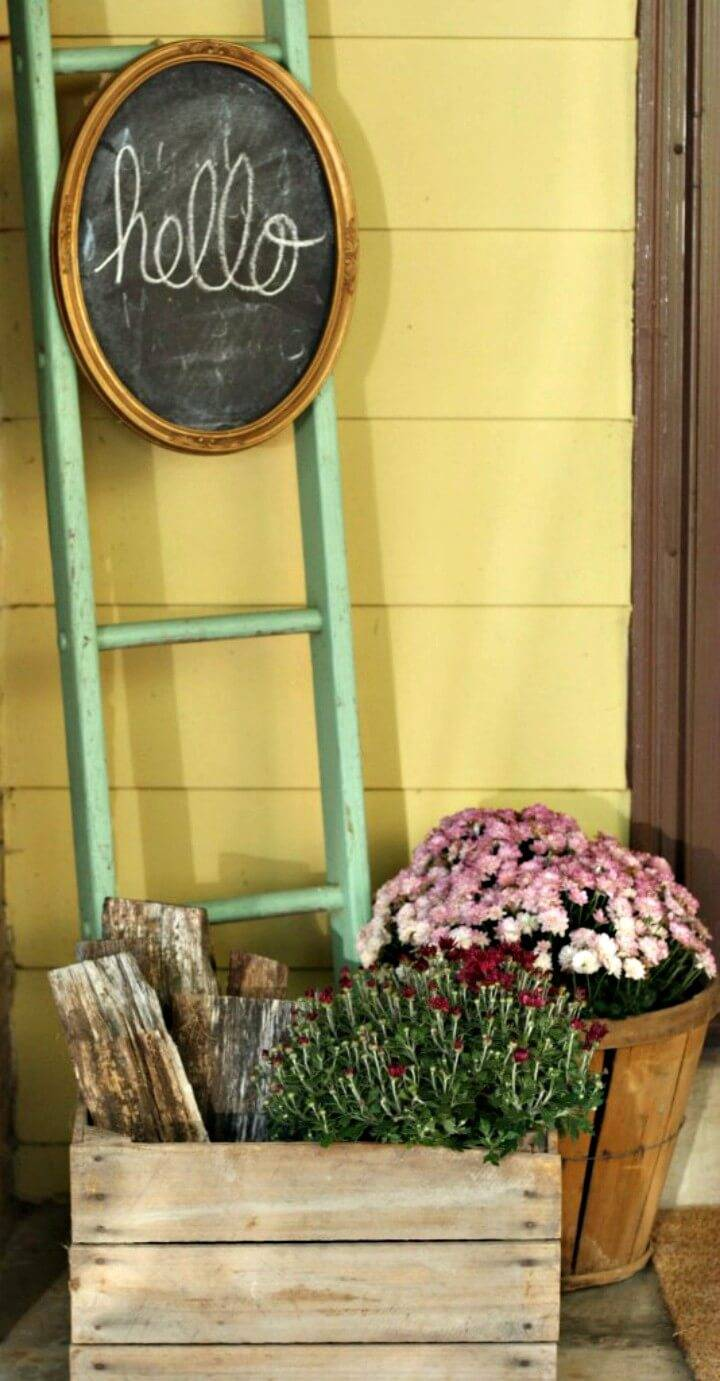 DIY Chalkboard and Vintage Ladder - Patio & Porch Decor Ideas