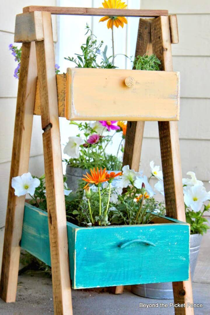 How to DIY Front Porch Planter Drawer