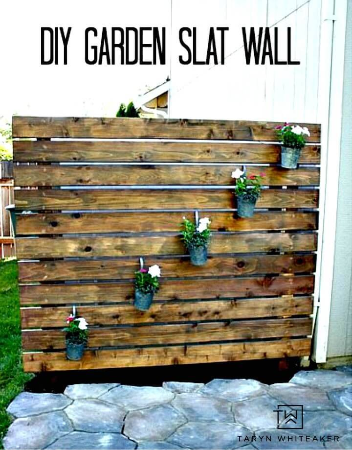 Make Your Own Garden Slat Wall - DIY