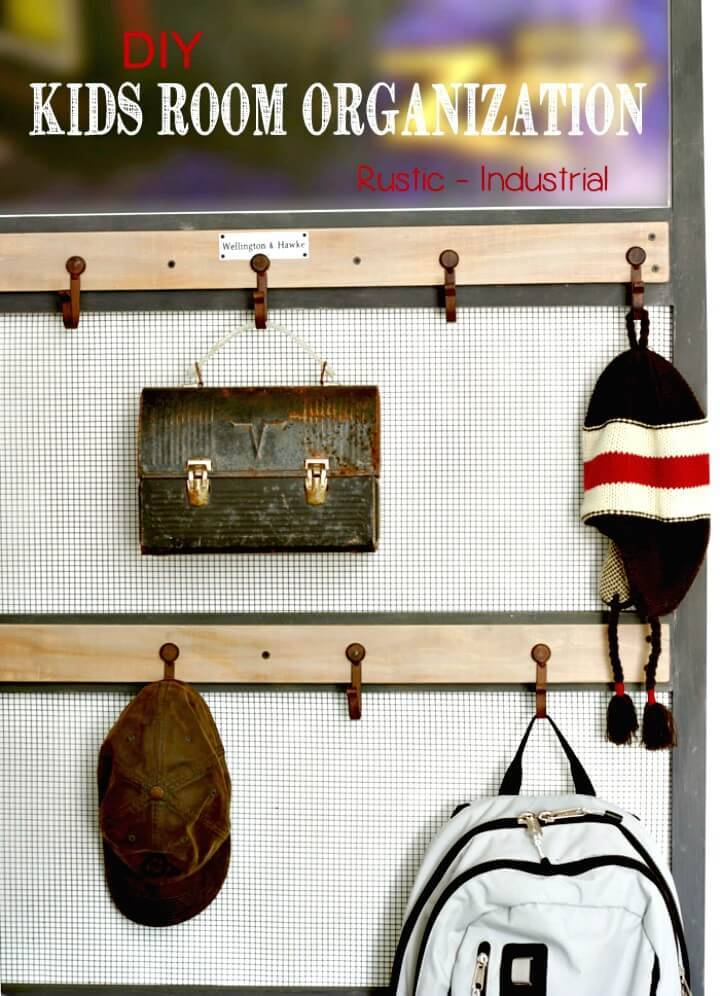 Easy to DIY Rustic Wall Organizer