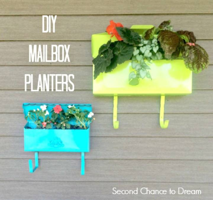 How To Build Mailbox Planters - DIY Backyard Ideas