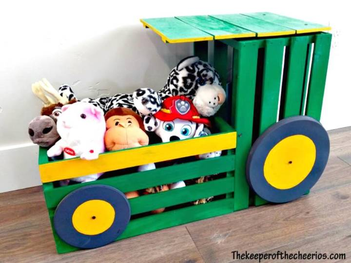 Cute and Easy DIY Wood Crate Tractor Toy Box