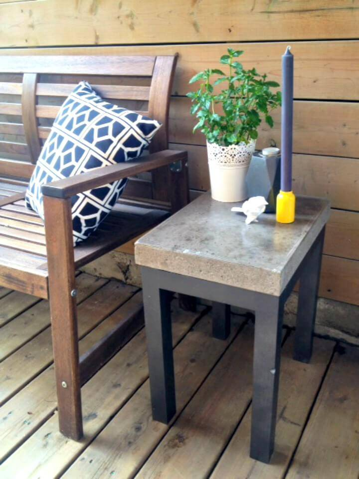 How To Make Wood + Concrete Side Table - DIY Garden Furniture Ideas
