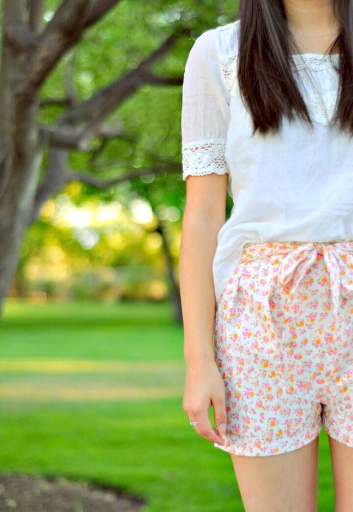 How To Sew Floral Pleated Shorts With A Bow