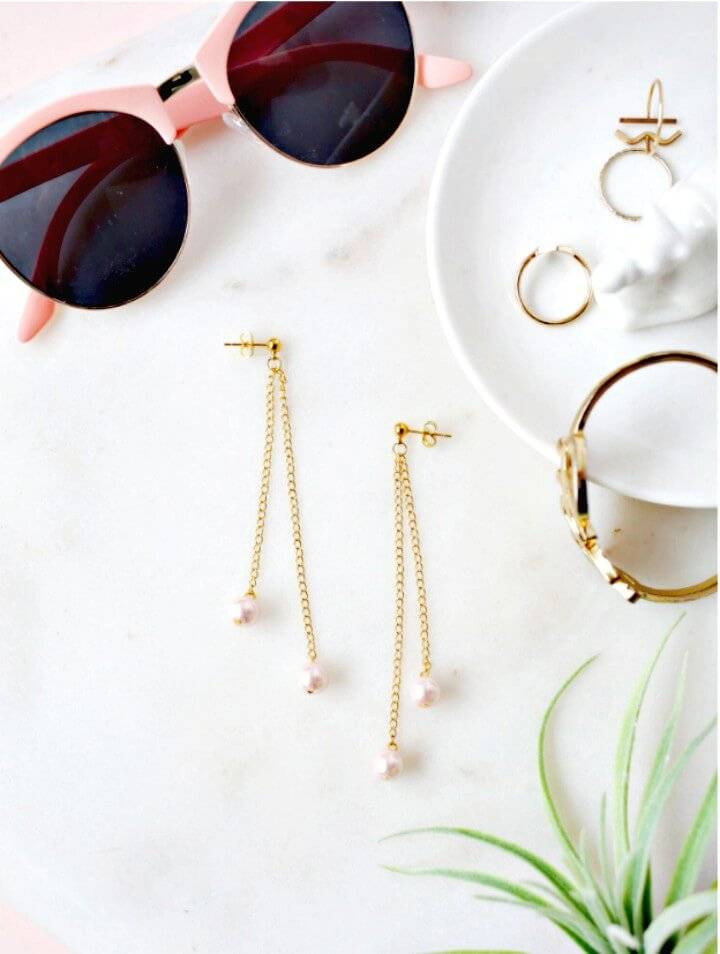 How to Make Pearl Dangle Earrings - DIY
