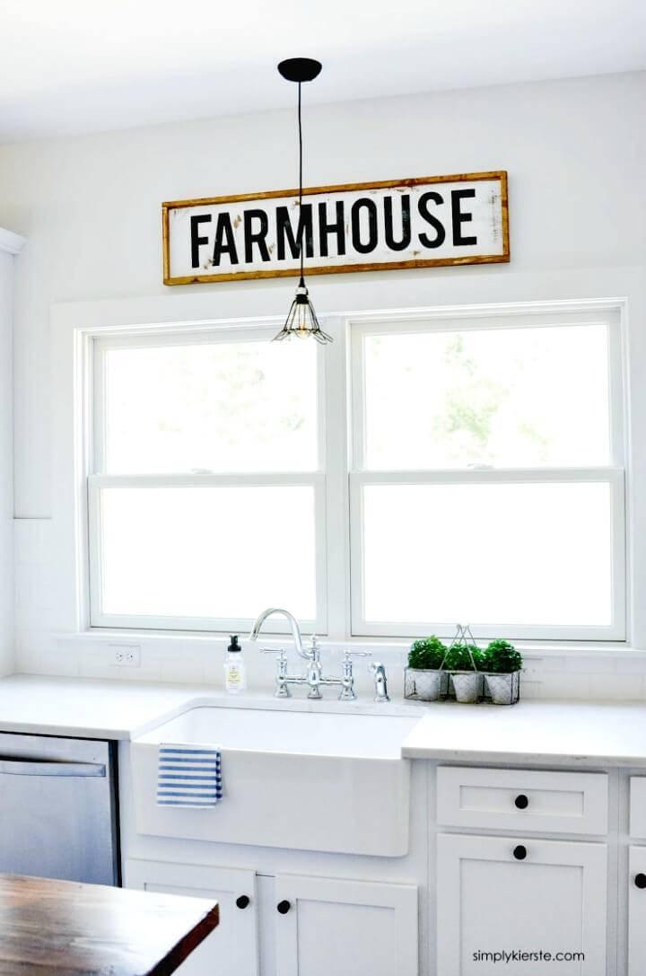 Make Framed Wood Farmhouse Sign - DIY