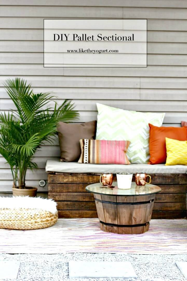 Make Pallet Sectional For Garden - DIY Furniture Ideas