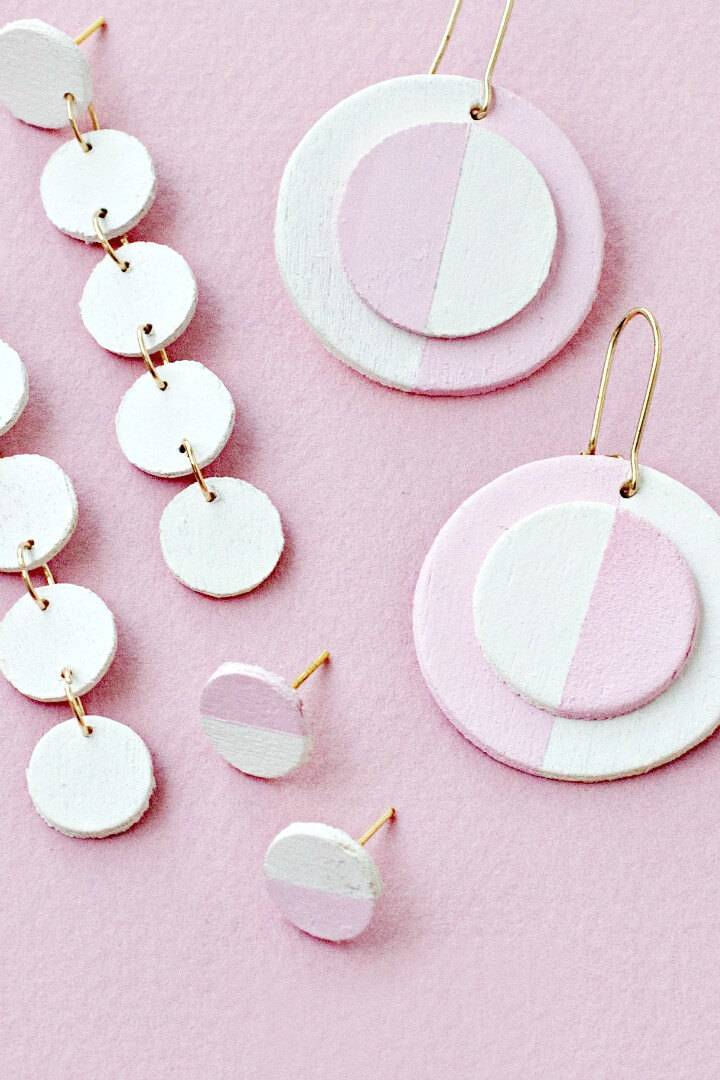 Make Your Own Wooden Circle Earrings - DIY