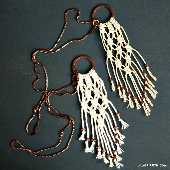 Simple to Make Macrame Necklace
