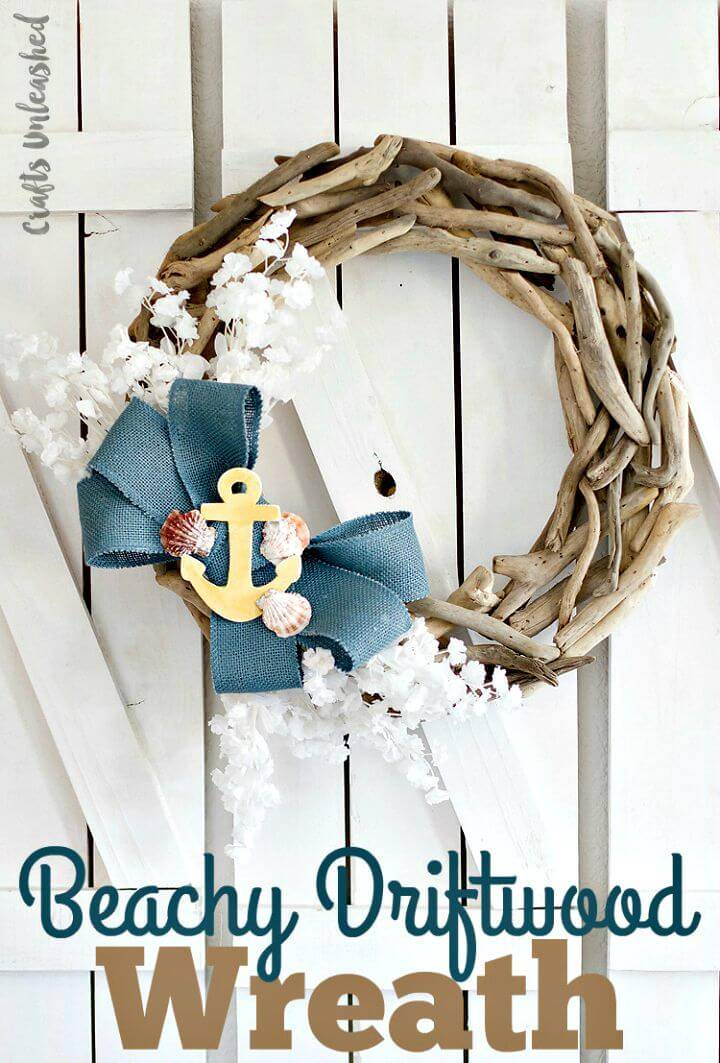 DIY Coastal Decor Beachy Driftwood Wreath: