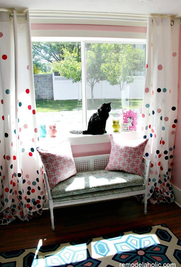 DIY Confetti Drapes Tutorial - DIY Home Decor