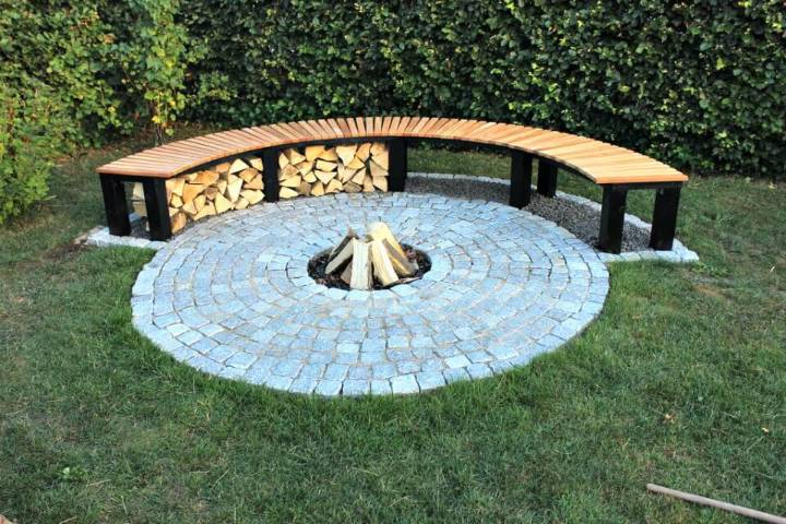 DIY Garden Fireplace With Bench