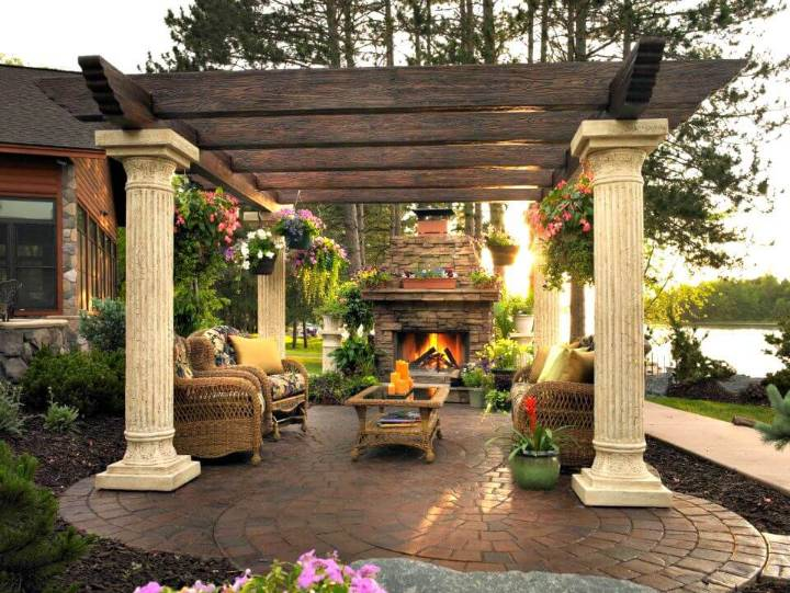 Build Your Own Outdoor Pergola