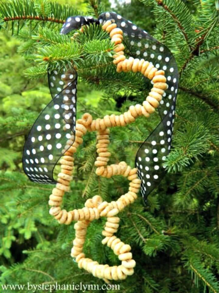 Cool DIY Hanging Bird Feeder
