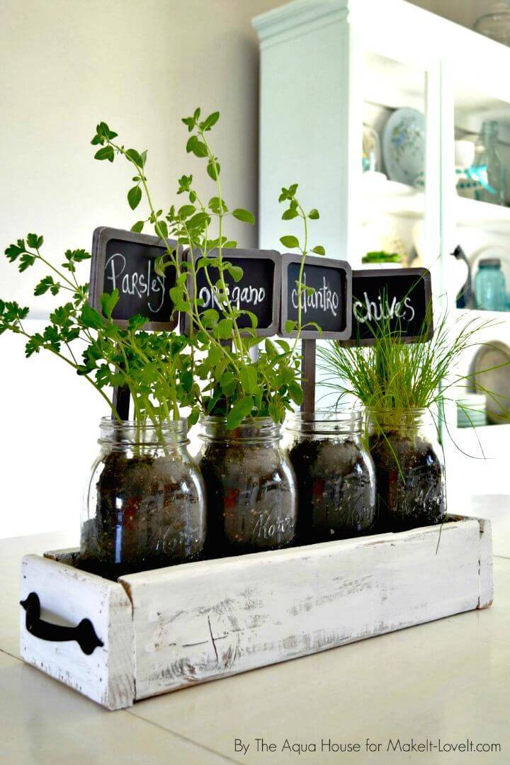 Turn an Old Pallet Into Wooden Box Centerpiece