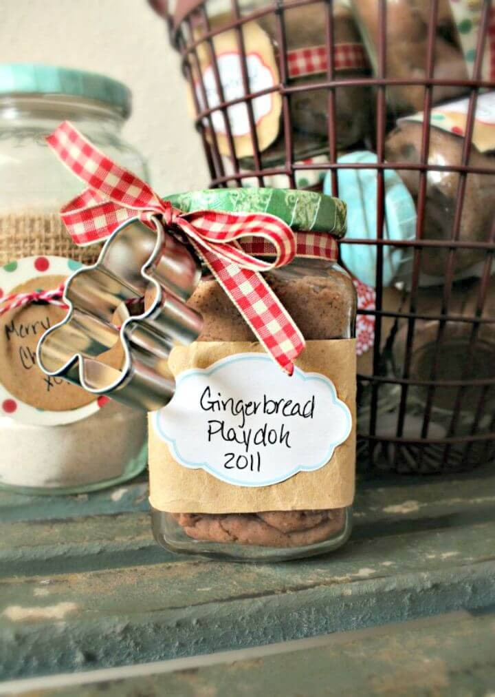 Cute DIY Gingerbread Playdough - Mason Jar Crafts