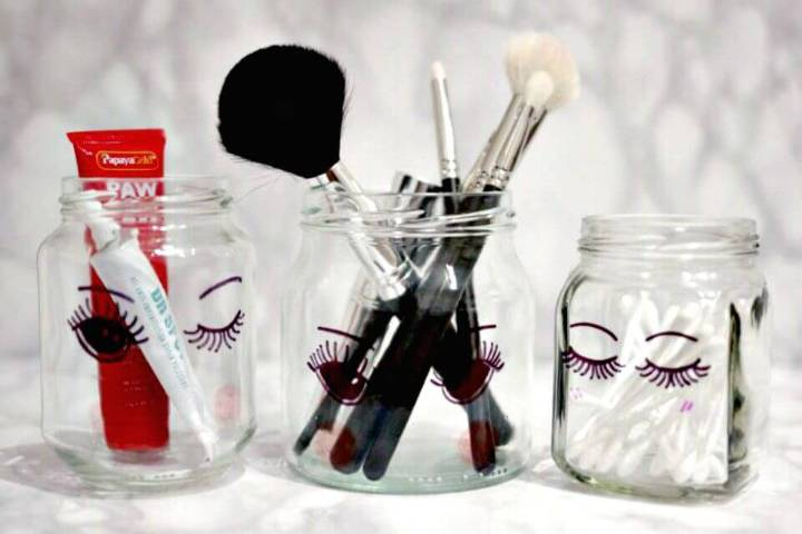Cute DIY Sharpie makeup Storage Jars