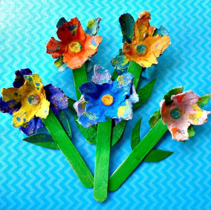Easy DIY Upcycled Egg Carton Spring Flowers